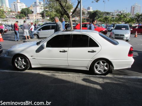 W202 C230 K -1997/1998 - R$ 50.000,00 135ec1242f22033f83c6e06e5ade4f5e31e_852585